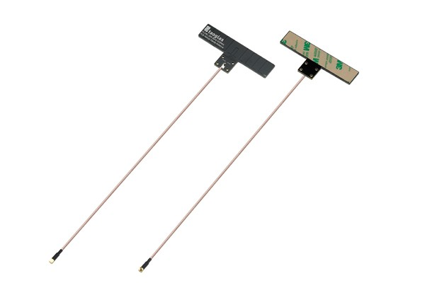 PC240 433MHz Adhesive/Screw Mounted Helical Dipole